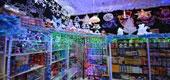 Фото 03: Магазин новогодних товаров.